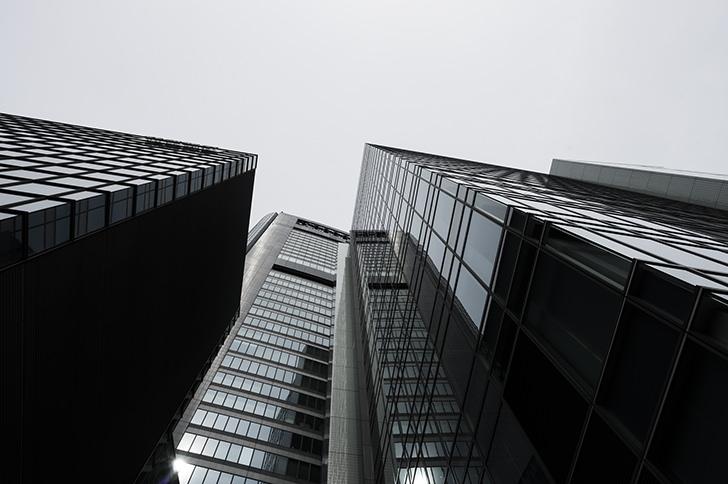 高層ビルの商用利用可能なフリー写真素材