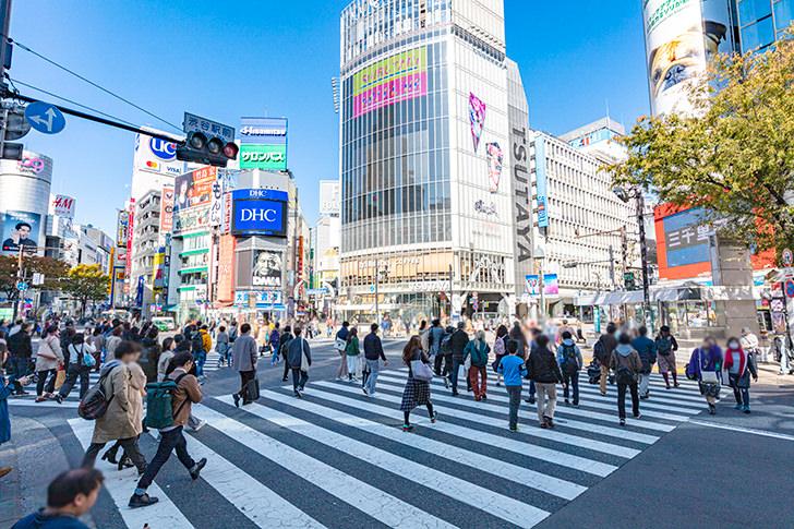 渋谷スクランブル交差点の商用利用可フリー写真素材6368 | フォトック