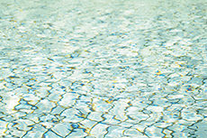 水面のフリー写真素材