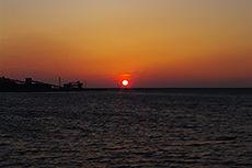 夕日のフリー写真素材