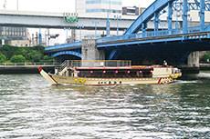 屋形船のフリー写真素材