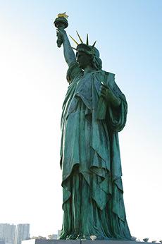 自由の女神(お台場)のフリー写真素材
