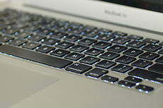 パソコンのフリー写真素材