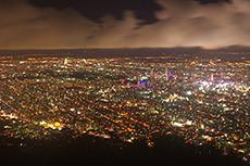 札幌の夜景(藻岩山)のフリー写真素材
