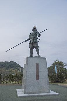 Statue of Chosokabe motochika