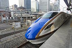 北陸新幹線E7系「かがやき」のフリー写真素材