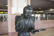 二宮尊徳(金次郎)像のフリー写真素材